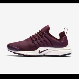 All leather Nike Air Presto size 8